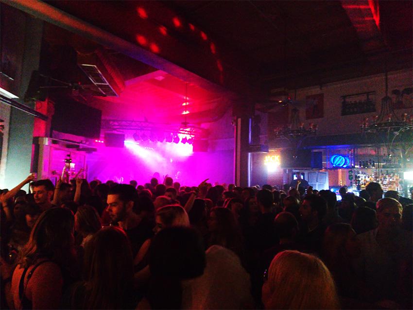 Live Lounge