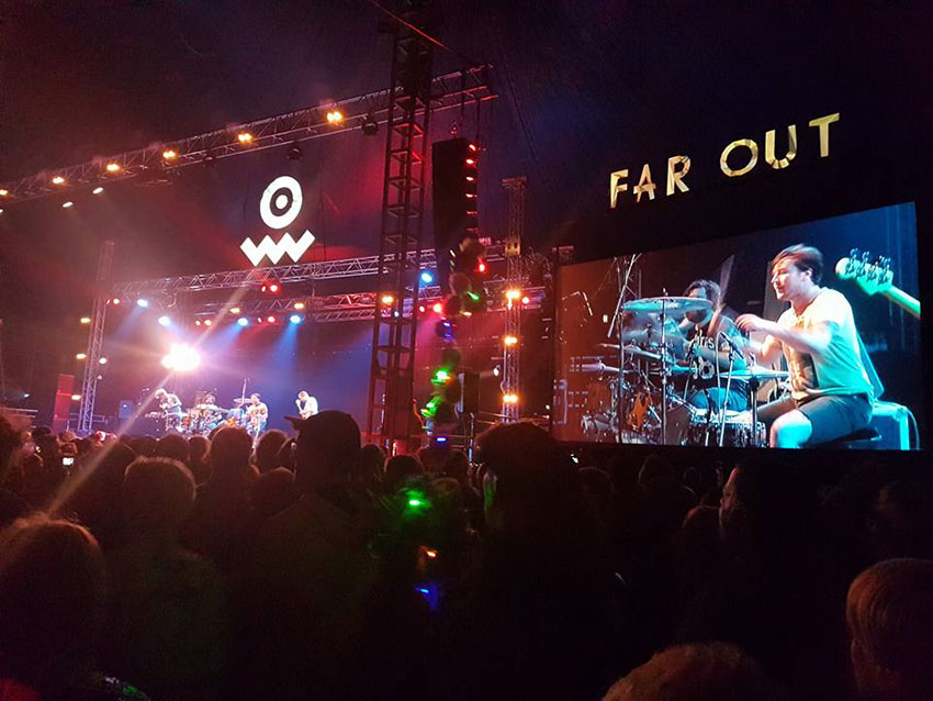 Far out stage