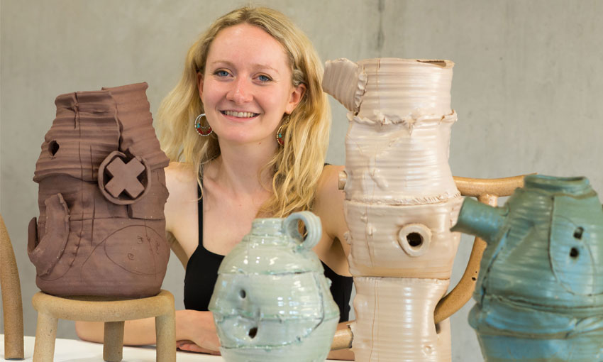 Elin - Ceramics